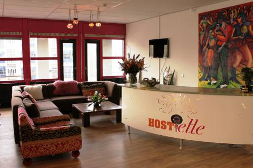 Hostelle (female only hostel)