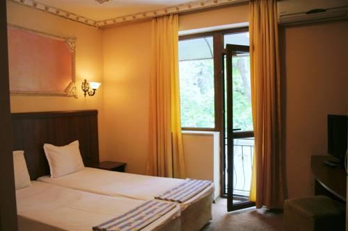 Hotel Allur