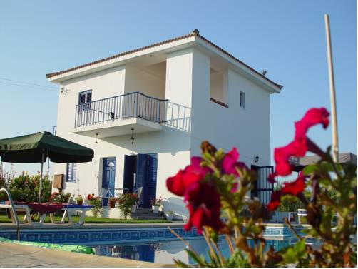 Rotiana Beach Villas