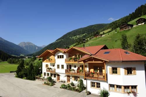 Familyhotel & Residence St. Nikolaus