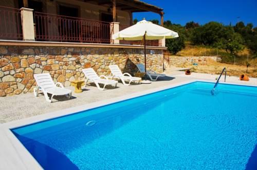 Villa Eftychia