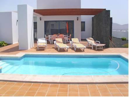 Villa Susana Playa Blanca