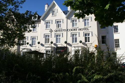 The Queens Court Hotel