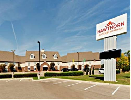 Hawthorn Suites Wichita West