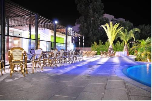 Sweet Residence & Gardens (Hotel Sottomayor)