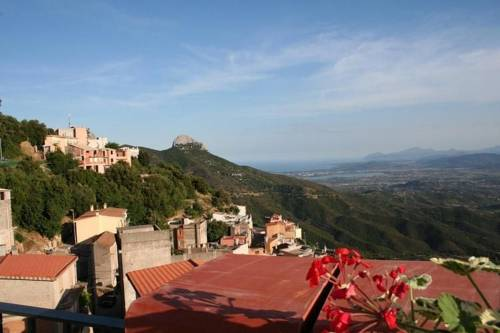 Holiday Home Vista Mare E Monti Baunei