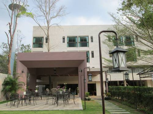 Juldis Khao Yai Apartment