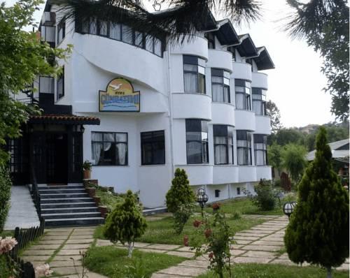 Gunbatımı Hotel