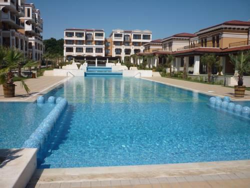 Ganozliev's Apartments in Green Life Beach Resort