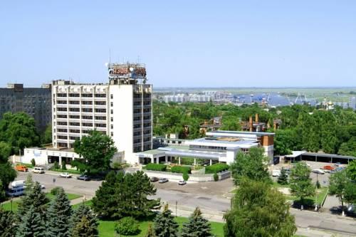 Amaks Azov Hotel