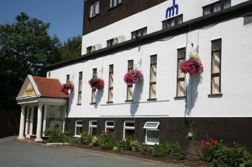 Monton House Hotel