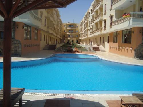 Red Sea View Complex Apartment