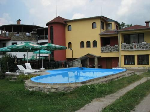 Family Hotel Tsyrov