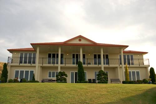 Angel Luxury Lodge
