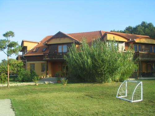 Bagolyvár Apartman