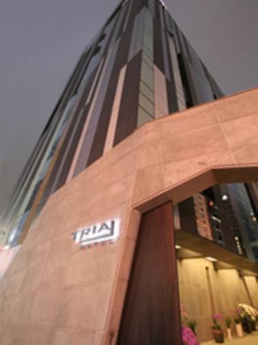 Tria Business & Boutique Hotel