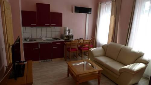 Reusa Apartments