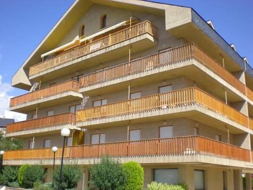 Apartamentos Turisticos Sol y Nieve