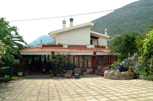 Villa Ida Bed & Breakfast