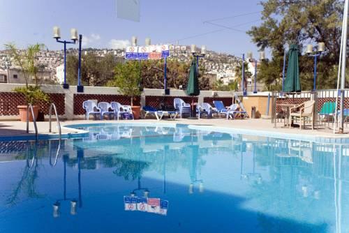 C Hotel Tiberias