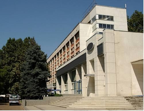 Kavkaz Hotel