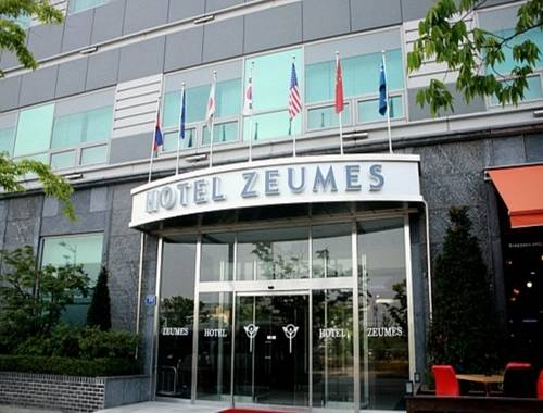 Hotel Zeumes Incheon Airport