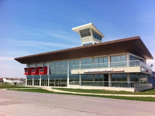 Lesnovo Airport Hotel