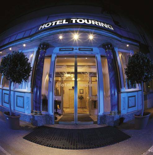 CFI Hotel & Restaurants Touring
