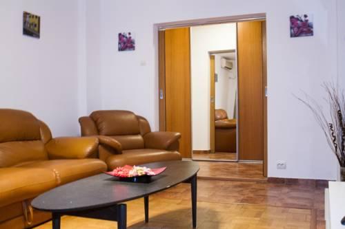 Next Apartments Unirii 45