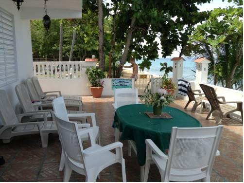 Coconut Palms Inn
