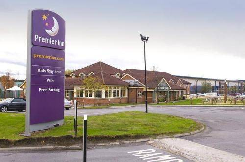 Premier Inn Warrington (A49, M62 J9)