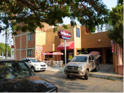 Uke Inn Hotel & Suites Xamaipak