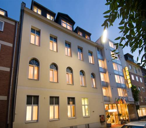 Centrum Hotel Leonet Altstadt