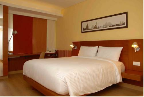 ibis New Delhi Aerocity - An AccorHotels Brand
