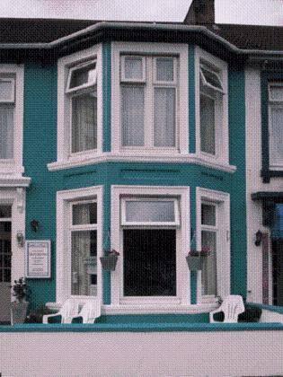 Marina Guest House