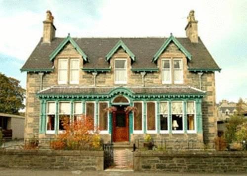 Dunallan Guest House