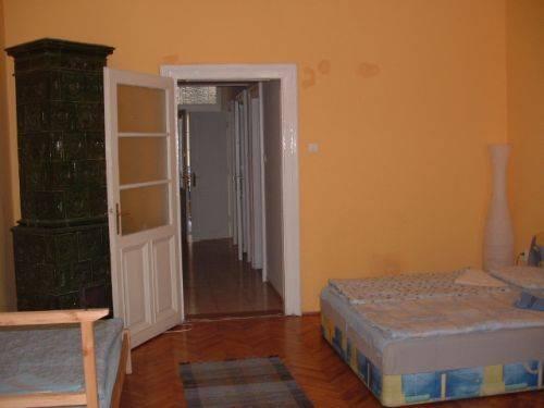 Ace Apartments & Hostel