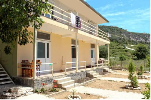 Accomodation Dhermi