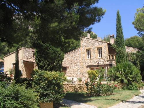 Logis Domaine De Roquerousse