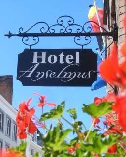 Anselmus Hotel