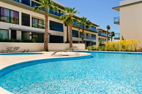 Cavalo Preto Beach Apartments
