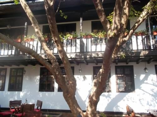 Khan Staria Dobrich Family Hotel