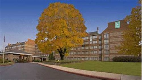 Embassy Suites Philadelphia-Valley Forge
