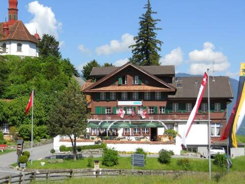 Gasthaus & Chalet Paxmontana
