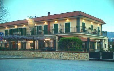 Hotel Degli Amici