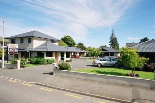 Centre Court Motel