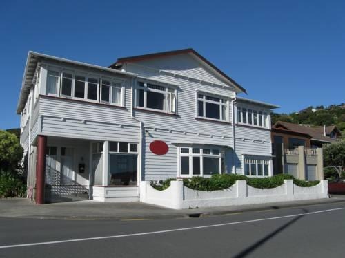 Moana Lodge