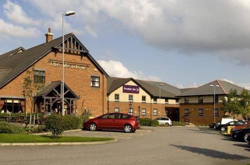 Premier Inn Barnsley (Dearne Valley)