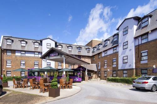 Premier Inn London Gatwick Airport (A23 Airport Way)