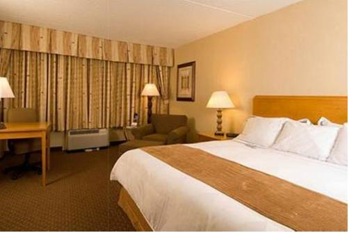 Radisson Hotel Utica Centre